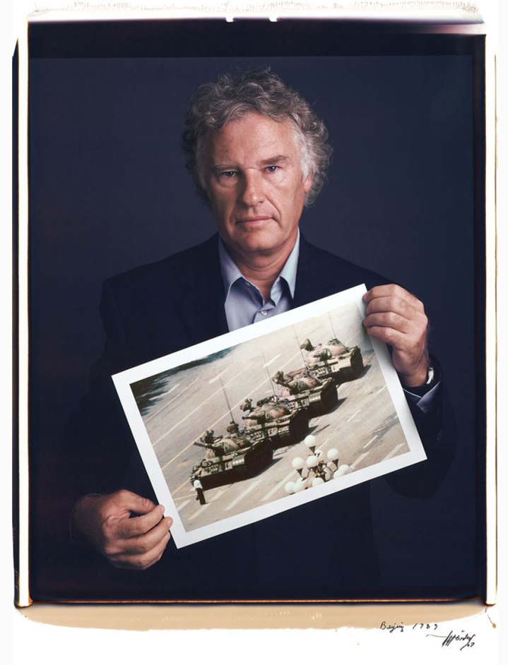 famous-photographer-portraits-behind-photographs-tim-mantoani-4